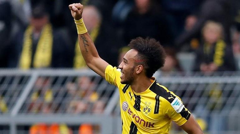 Penteado de Aubameyang não agradou ao Borussia Dortmund