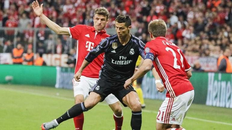 Thomas Müller rendido a Ronaldo: «É um fenómeno»