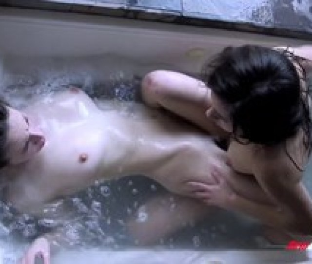 Hot Sisters Fucking In The Bathtub