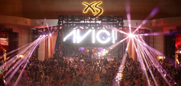 Avicii Plays For Record Breaking Crowd Of 11000 People At