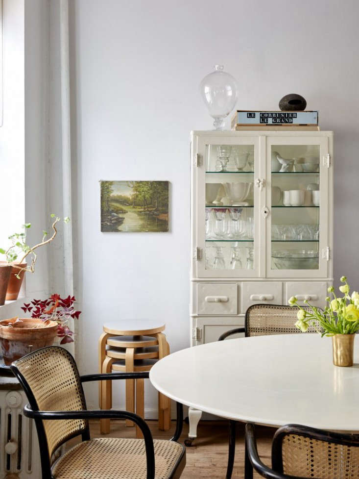 How To Arrange Furniture In A Small Space 9 Smart Tricks