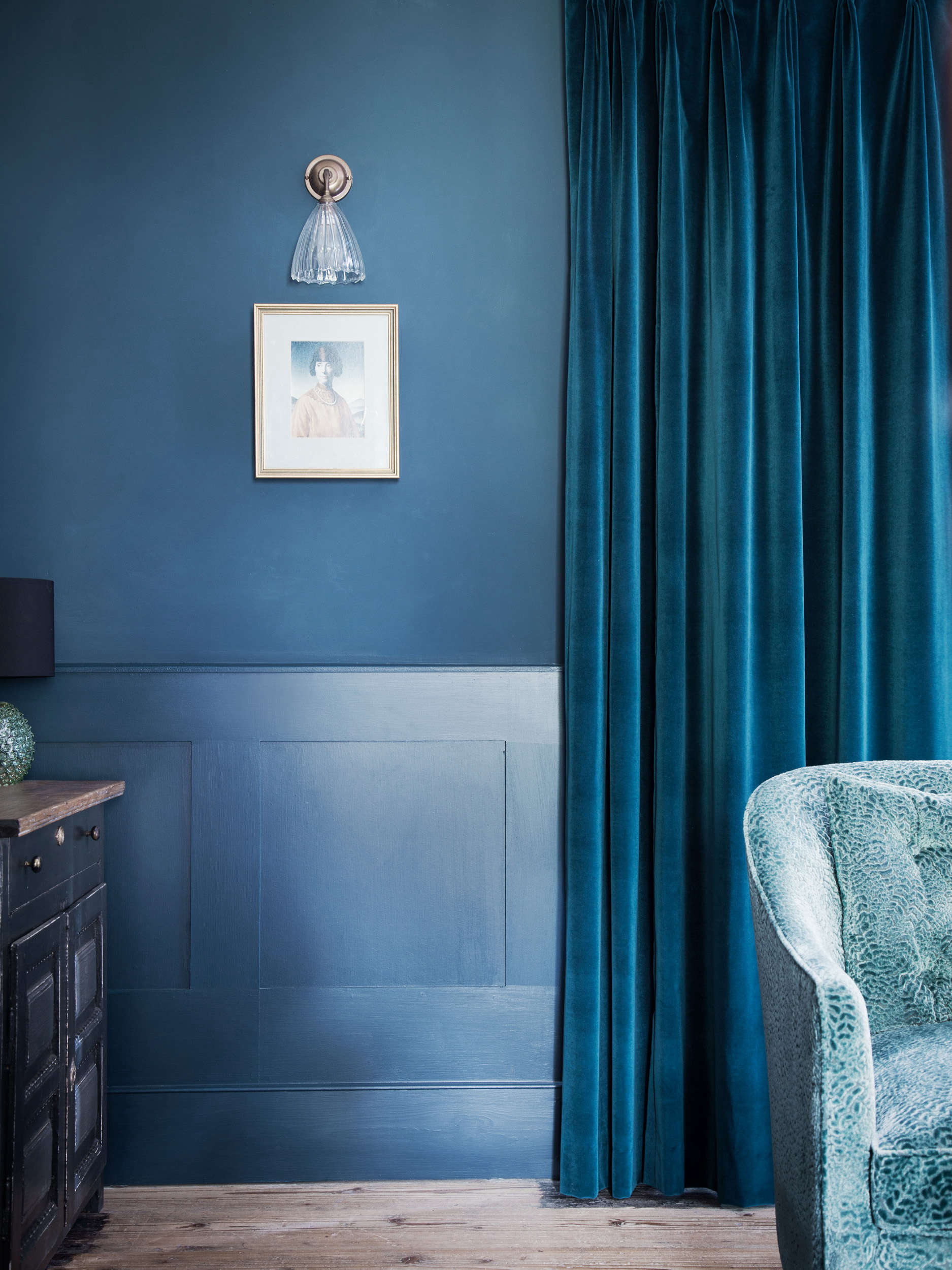 Blue Period An English Manor House Channels Picasso