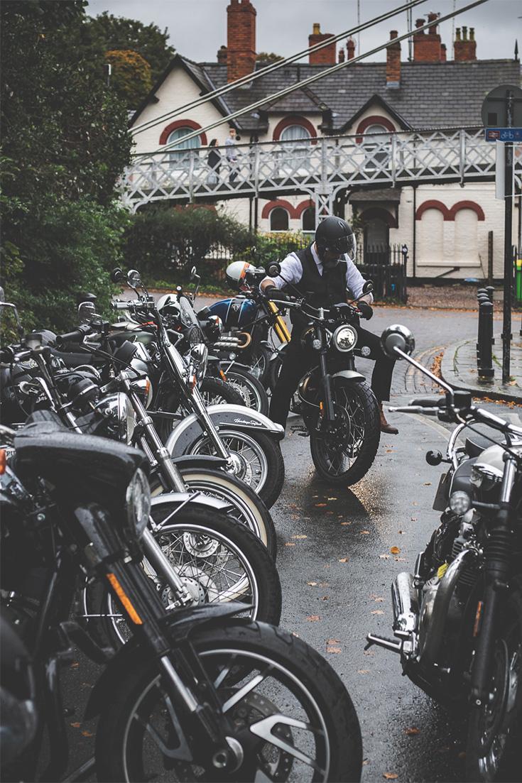 Distinguished Gentleman's Ride - RidersTriumph 1200 Scrambler DGR 2019