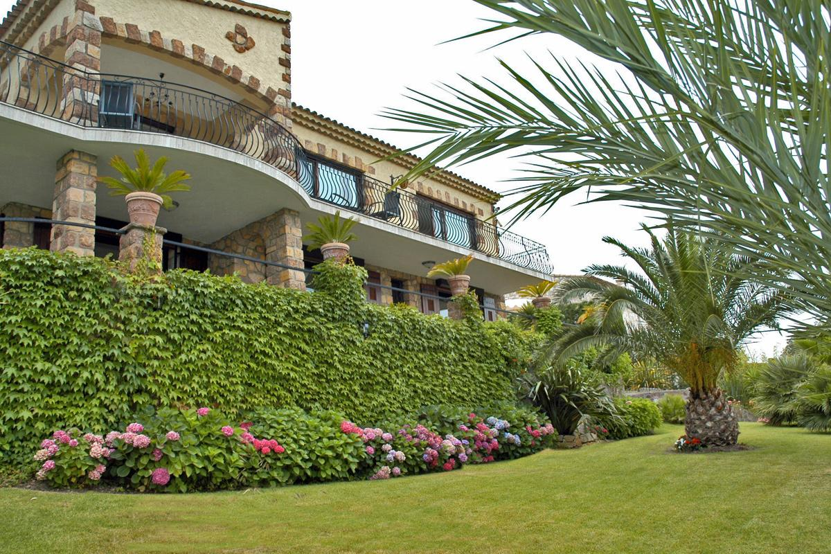 France Apartments and Villas, Rent a Villa or Apartment in ...