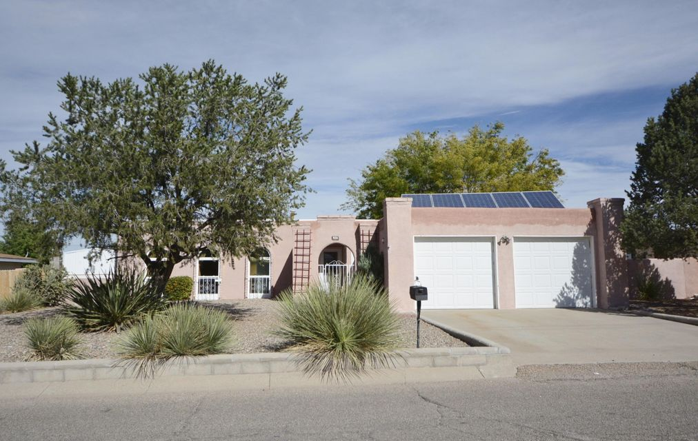 Charming Casita In Great Rio Communities Location!  Over 1500 sq ft, 3 bedrm, 2 bath. Newer Furnace and Refrigerated air in 2010. Newer windows in 2011 & 2015. Tiled Conversation Pit W/Fireplace. Built in Bookcases. Open Living Room W/Wood Flooring . Beautiful Front Landscaping. Covered And Gated Front Patio. Tile Entry, Spacious Kitchen W/Center Island, Pantry And Plenty Of Cabinet Space, Solid knotty pine.  Large Dining Area. Open Living Room W/Wood Flooring. .  Courtyard ! Mature Landscaping Large Backyard With Amazing Views. Back yard access.