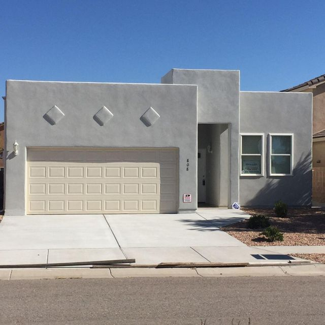 BRAND NEW HOME!! Custom 3 bedroom, 2 bath,2 car finished garage, Located in Sundoro Subdivision. Lots of upgrades, granite counter tops, fireplace, refrigerated air, easy care landscaping with full drip system. New Appliances, Security alarm system, covered patio. Move in Ready.