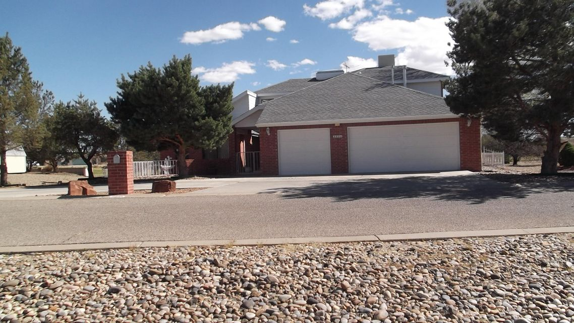Beautiful home on the 15th fairway of Tierra Del Sol Country Club golf course. Home has a spacious living room, separate dining room off the kitchen. Includes large recreation room and large master bedroom. Master bedroom is on the main floor with other bedrooms up stairs. House is also on a cul-de-sac for less traffic.  A must to see.