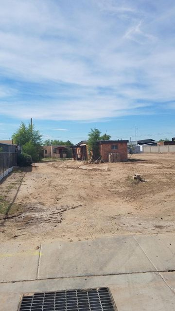 Nice central location nice Lot, Backyard AccessSold As Is, No Warranties Or Guarantees Expressed Or Implied. Property Is Condemned; Cash Buyer Only!