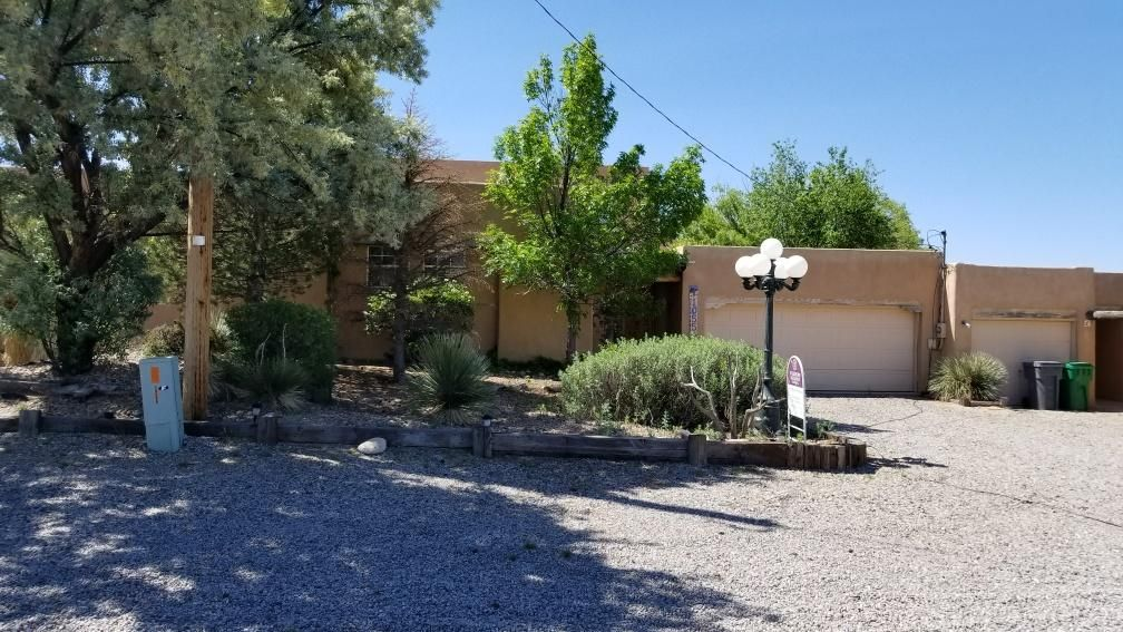Come take a look at this fantastic opportunity! Home needs some updates but such a great location! The home features spacious rooms, plent of parking even room for an RV! Great Views! This is an excellent find and amazing price! Come take a look!