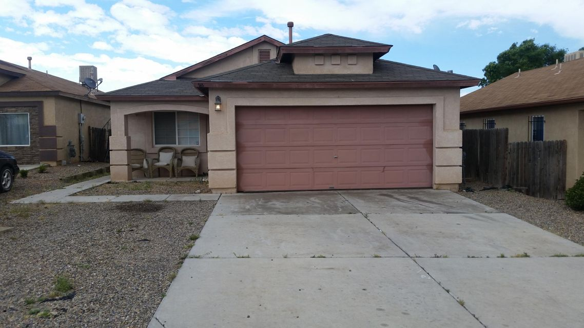 Beautiful home, that has been well taken care of. It offers custom tile throughout. Clean and comfortable with spacious rooms. Over sized two car garage, big backyard with a storage. Don't miss out on this wonderful home!