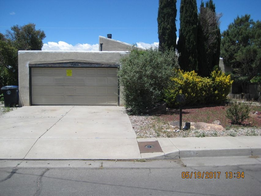 **** This home is a Prior METH Home that has been REMEDIATED********3 Bedrooms, 1.75 Baths with tons of Potential.  Great NE location. Needs a Little TLC. Conveniently located! Close to shopping, transit and school. ***No warranties or guarantees expressed or implied! Buyer to pay for their own Inspections for Buyers knowledge only!***** This home is a Prior METH Home that has been REMEDIATED********