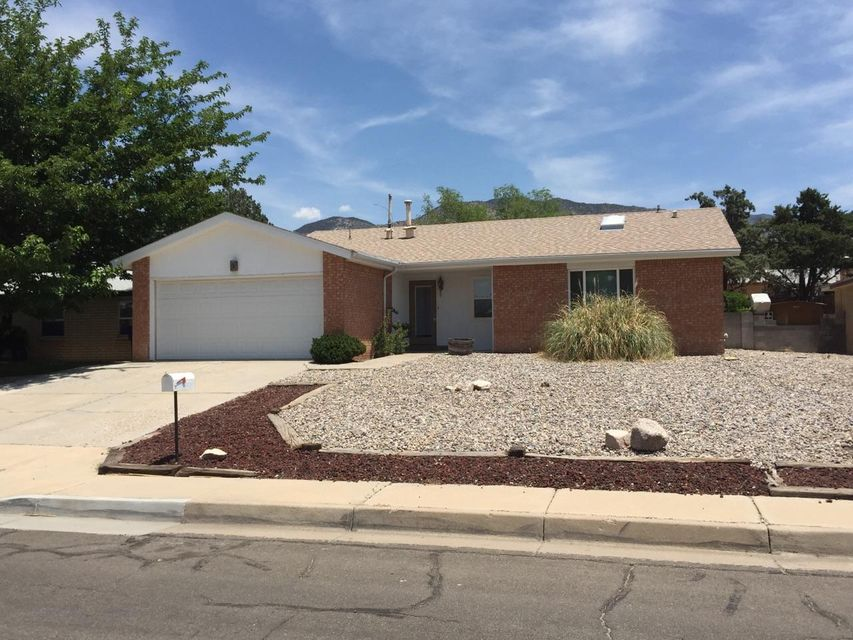 Great find in Eldorado High School District. Refrigerated air conditioning. 3 bedroom 2 full bathrooms 2 car garage.Great room with a formal dining area.  Newly remodeled kitchen and bathrooms.   New flooring and paint.  Very nice floor plan..