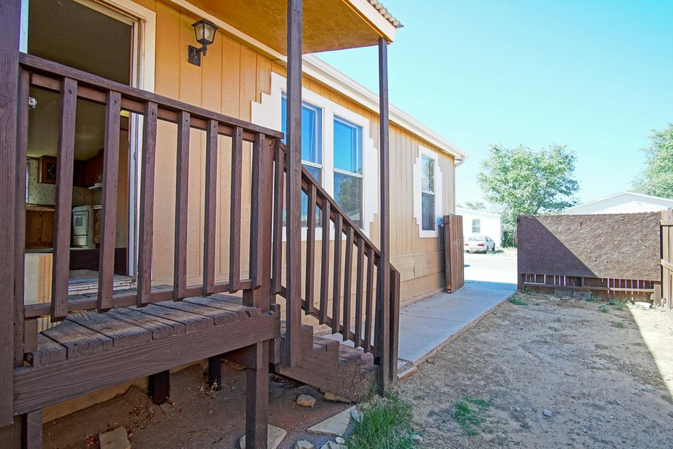 Clean as a whistle and move-in ready.  This home has new carpet, fresh paint in and out, and a lovely covered deck in the back.  The backyard is a blank canvas ready for your creative gardening ideas and plans.