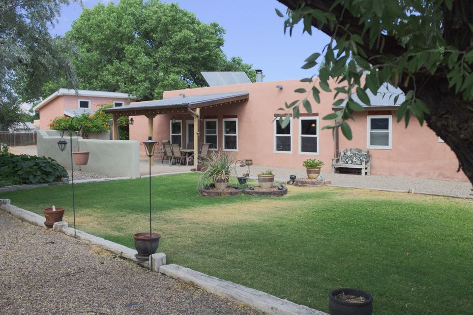 Beautiful well cared for home in Peralta. enjoy this 4 bedroom 2.75 bath home situated on a gorgeous lot with views. Inside for your families needs are 3 living areas with lots of light. Cozy wood stove. Newer windows and updated kitchen. Master is separate from secondary bedrooms. Outside plenty of room for RV and shop or man cave. Bring your boats,RV and other toys. Room for chickens and other mini farm animals.