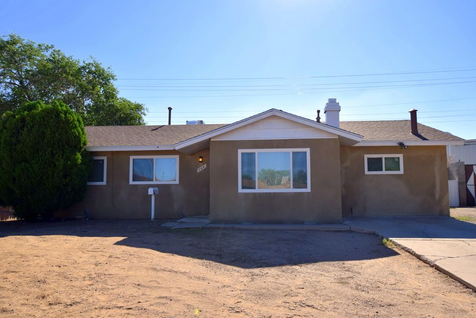 NEW ROOF (7/2017).  Transferrable warranty.  Newer windows.  Newer water heater.  Updated bathroom.  Newer stucco.  Side yard, RV (or toy) parking possible.