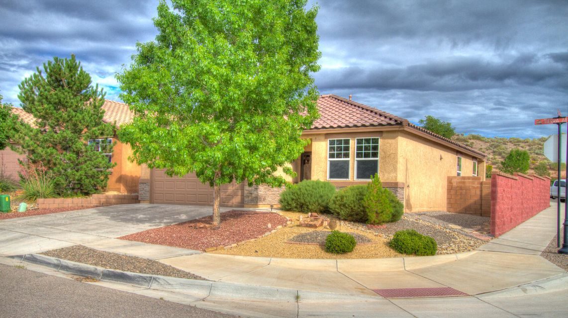 Great Floor Plan in Highly Desirable Neighborhood of Loma Colorado for Under 200K! Corner Lot with  Large Master Suite, Spacious Great Room Large, Eat-In Kitchen with Island, 9' Ceilings, Tile Roof, Stacked Stone Accents,  Close to Library, Aquatic Center,Parks, Dog Park, and Sports Complex.