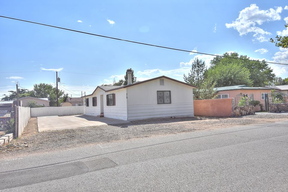 Move In Ready + Affordable = 319 Calle Barrio Nuevo.  This modular home is clean, well maintained  and freshly painted. Great location that is Walking distance to schools and conveniently close to Hwy. 550.  Add this home to your list of must sees!!