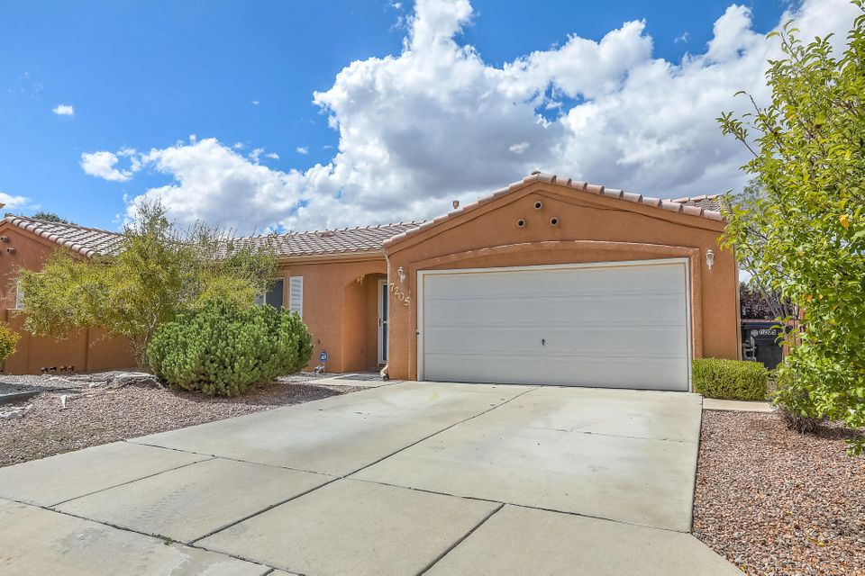 Darling one story, tile roof  in Vista Del Norte neighborhood.  Three beds, 2 bath, on  quiet culdesac.   2 Covered patios ,L shaped back yard. Fresh carpet and paint.  Access to hiking trails,  bike trails, shopping.  Low maintenance yard .  Original owner.