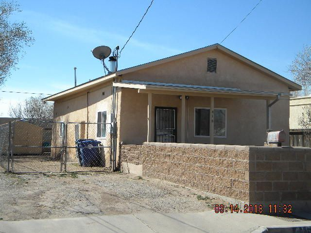 New price! Cute 2 bed/1 bath single story in the North Valley, located in a cul de sac.  New carpet and paint! Perfect for the first time homebuyer or retiree, near I-40 and downtown Albuquerque.