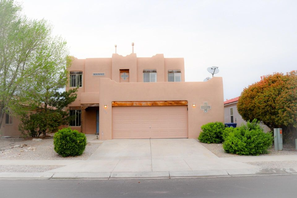 SOLAR PANELS OWNED.  Beautifully Kept Raylee Home. SOLAR PANELS Included $30k- PNM Montly $7. FHA Assumable 3.875% Interest *Call for Details.  3-4 Bedrooms. 3+ Living Spaces and a Loft Upstairs with Magnificent Views.  Move in Ready do not let this Beauty Pass you by. Annual HOA $185 and NO PID's. Easy to Show.