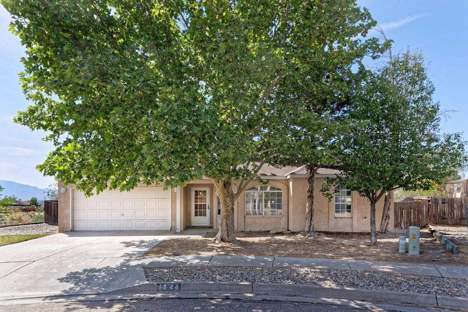 Fixer upper home at end of cul-de-sac in North Hills. Great floor plan, with large great room and high ceiling. Tile flooring except in bedrooms. Roll up your sleeves and earn some equity! Near park and walking paths. Home sold as-is only.