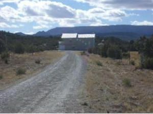 Nice and private 10 acre retreat. Well taken care of and used sparingly. Great views of the Monzanos and a short distance to 4th of July campground. Enjoy this private retreat and still be close enough to get to Albuquerque in 45 min.