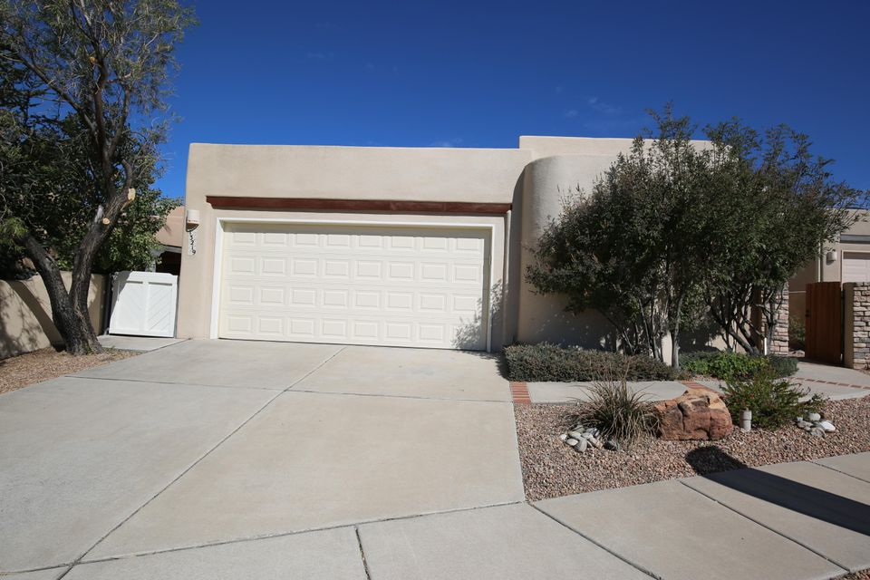 Wow! Looking for High Desert Living? The upgrades, the views, the neighborhood and so much more... Check out the quality finishes and views of this 1 story dream without the excessive size! Travertine Floors, Granite Tile Countertops, open floor plan.  This home boasts mountain views from the open living room and master, 3 bedrooms, stainless steel appliances and a spacious backyard.