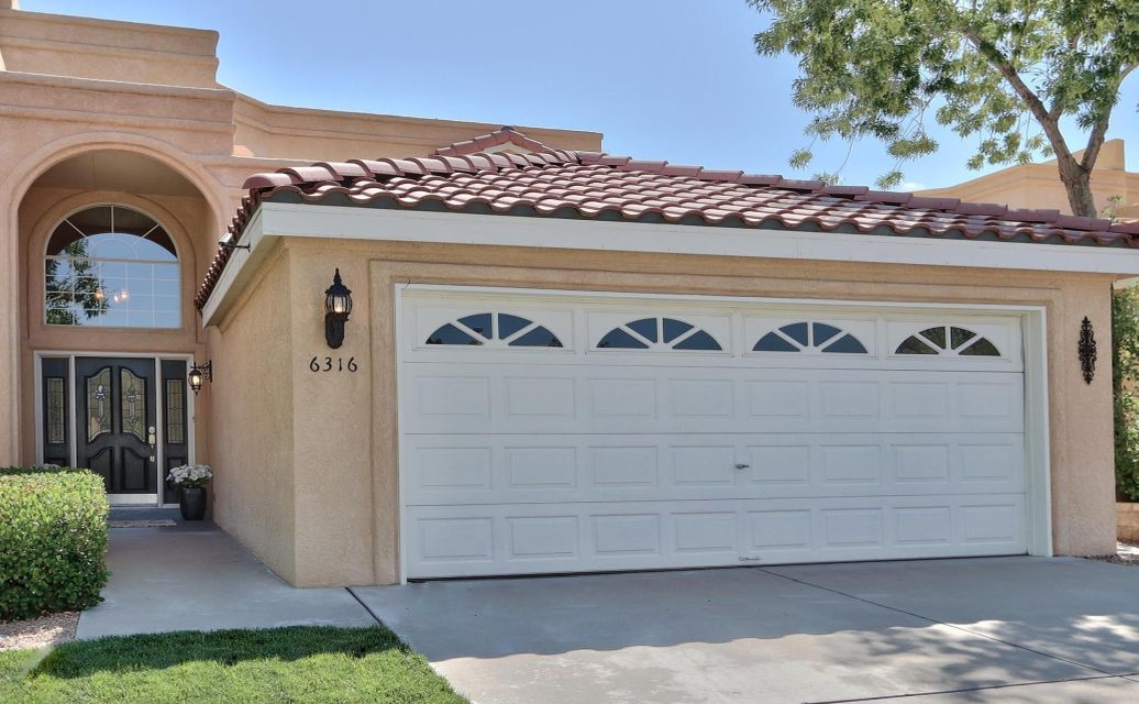 Beautifully updated & well maintained over past 15 years-Tanoan West townhome w/main floor Master located on int. cul-de-sac lot-away from Academy/Ventura. Updates include: New vinyl windows in LR, DR, Kit & West BR & new carpet-2017, TPO roof '15. All light fixtures, ceiling fans, window coverings, faucets, toilets replaced. New furnace & H2o heater, front yard sod '14. Paint, tile flooring, granite tile countertops w/slate backsplash & granite sills in Kit. All new door hardware/hinges, fireplace refaced, refinished wood floor entry & staircase. New patio French doors '14. Spacious MBR overlooks backyard & has bath featuring tumbled marble flooring, dbl. vanity, 6x6 dual head shower with bench+Jacuzzi tub.  Perfect sized east facing backyard to enjoy your morning coffee or evening dinner