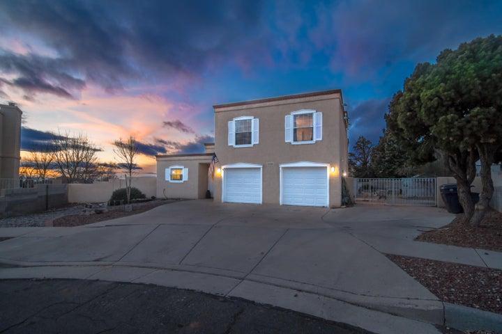 3907 Calle Olivo NE, Albuquerque, NM 87111