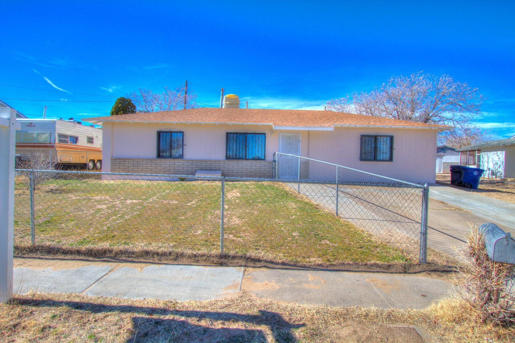 1225 Del Monte Trail SW, Albuquerque, NM 87121