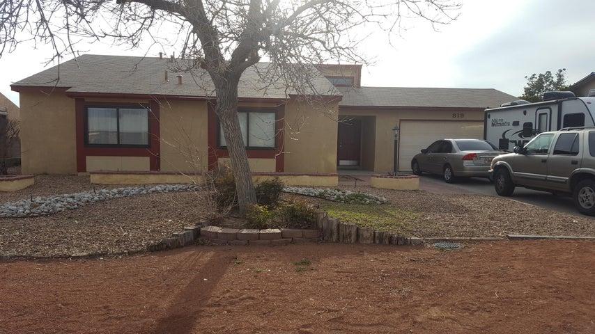 819 Buckboard Road SE, Rio Rancho, NM 87124
