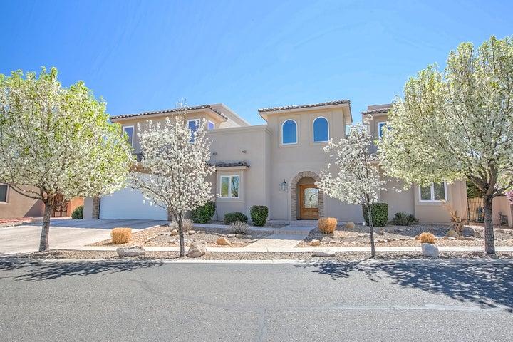 2804 Aloysia Lane NW, Albuquerque, NM 87104