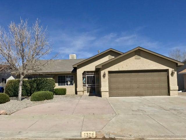 1328 82nd Street SW, Albuquerque, NM 87121