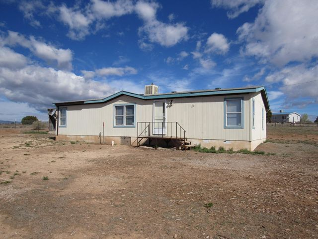 8 Michelle Place, Edgewood, NM 87015