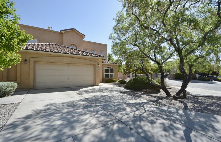 6640 Santo Lina Trail NW, Albuquerque, NM 87120