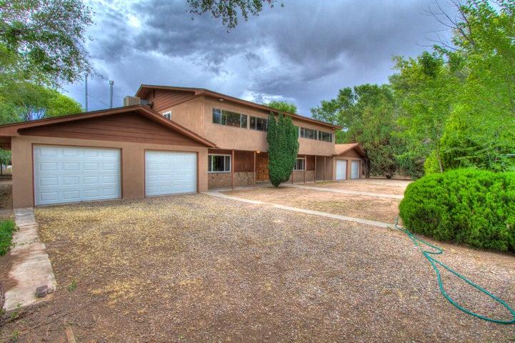 2300 Cherry Tree Lane SW, Albuquerque, NM 87105