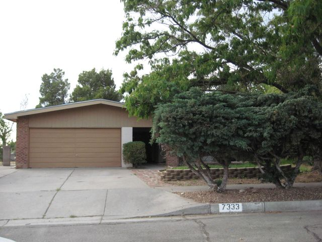 7333 Ticonderoga Road NE, Albuquerque, NM 87109