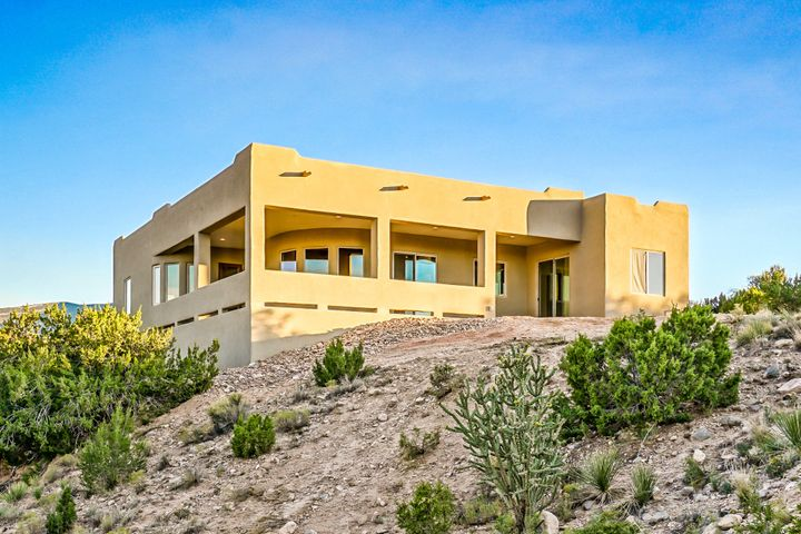 67 Santa Ana Loop, Placitas, NM 87043