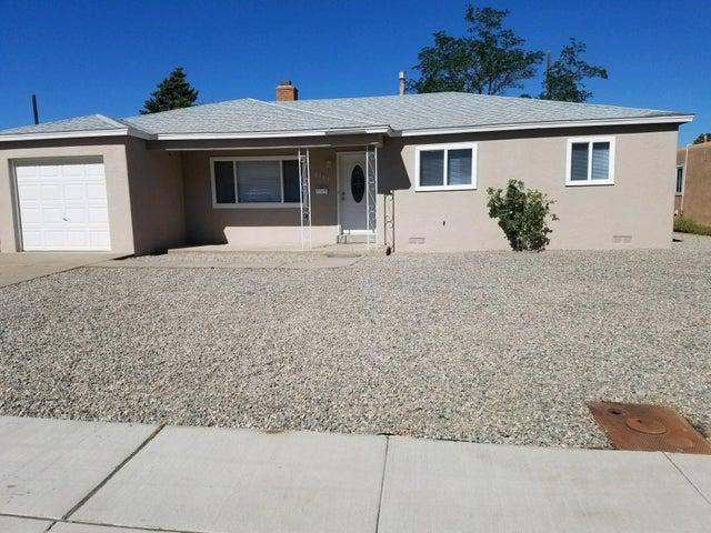 2109 Garcia Street NE, Albuquerque, NM 87112