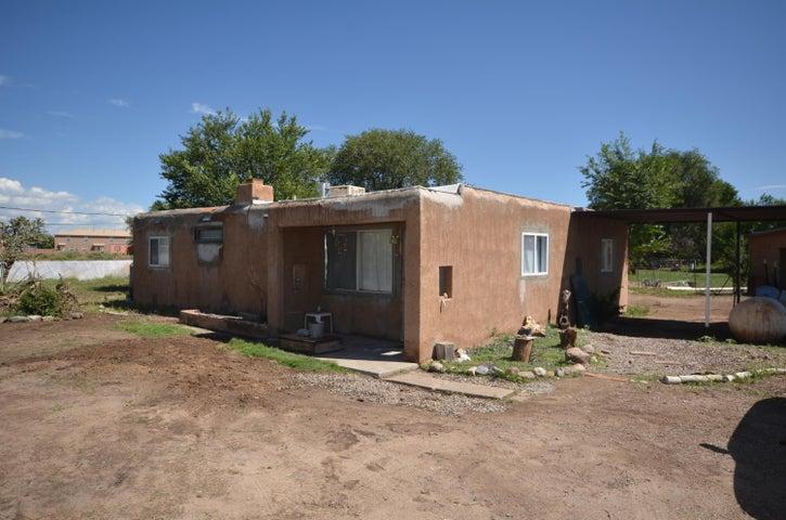 292 Camino Don Tomas, Bernalillo, NM 87004