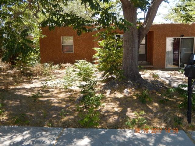 1421 Wilmoore Drive SE, Albuquerque, NM 87106