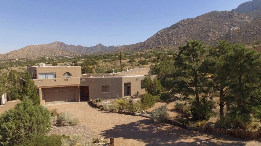34 Cedar Hill Place NE, Albuquerque, NM 87122