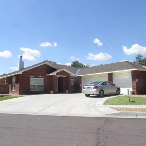 10215 Burham Road NW, Albuquerque, NM 87114