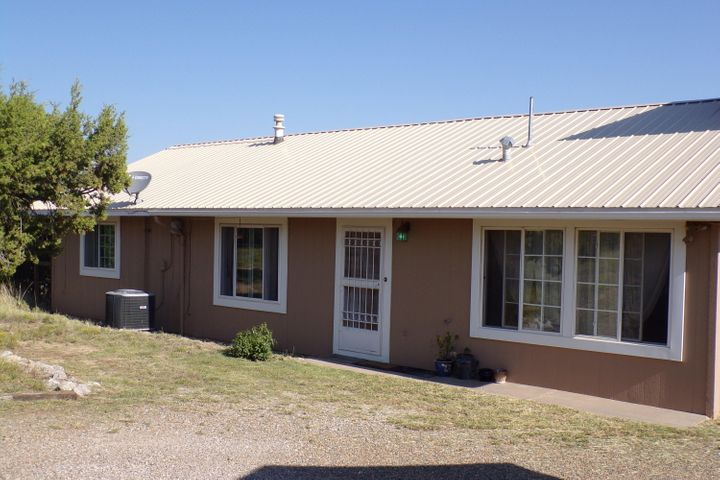 23 Mccall Road, Edgewood, NM 87015