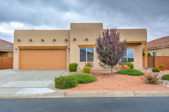 952 Salt Cedar Court, Bernalillo, NM 87004