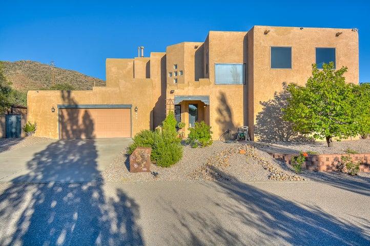 104 Serenity Hills Place SE, Albuquerque, NM 87123