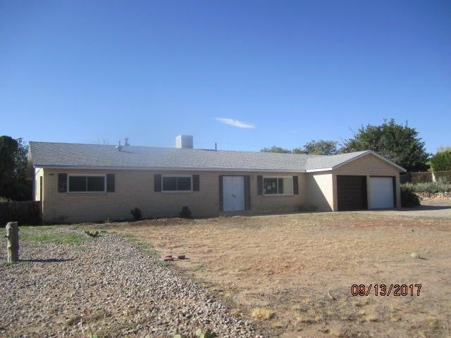 3702 Ann Circle SE, Rio Rancho, NM 87124