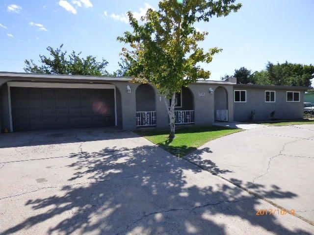 4008 Donald Road SW, Albuquerque, NM 87105