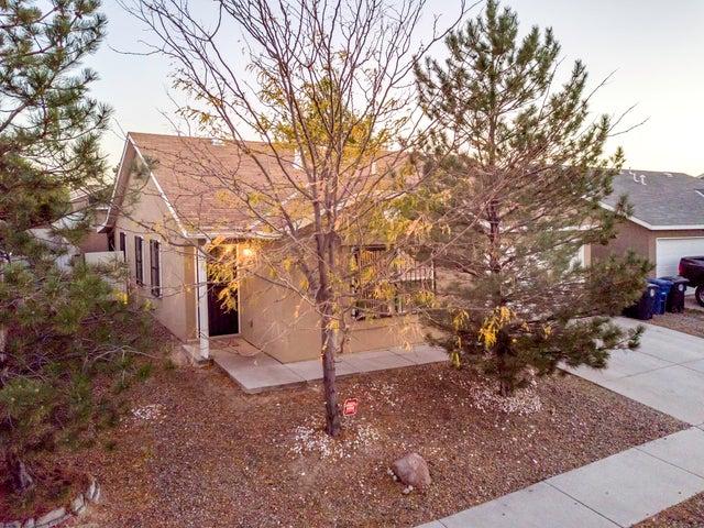 5756 Night Whisper Road NW, Albuquerque, NM 87114