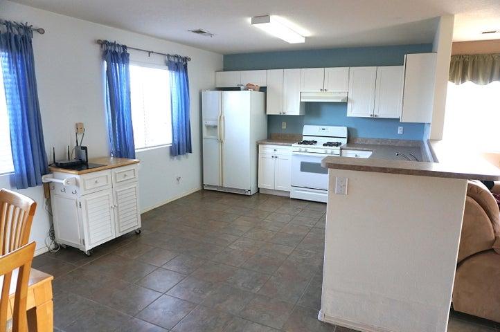 5120 27Th Avenue NE, Rio Rancho, NM 87144